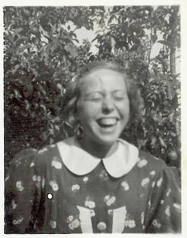 Ruth in Holbaek 1937