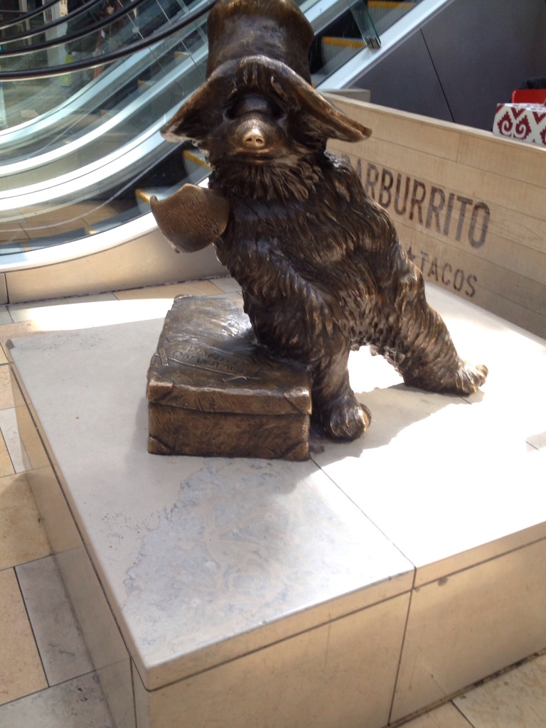 The lost and lonely bear at Paddington St.