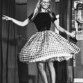 Brigit Bardot dancing