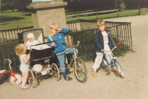 The procession of my children at the entrance of Frederiksberg Have