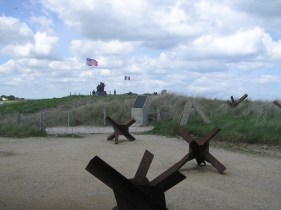 war memorials at the beach