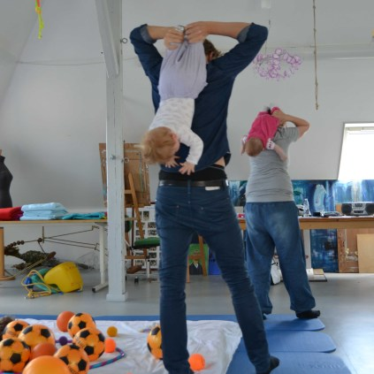 """Father & Baby exercise """" Upside down"""""""