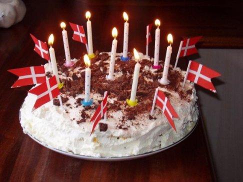 """""""Lagkage"""" Layer Cake"""