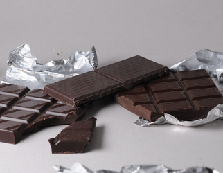 Dark chocolate. Image Wikipedia