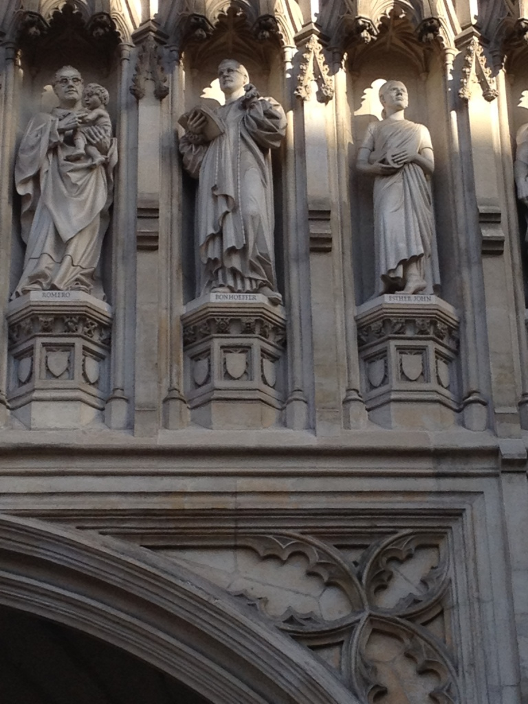 Bonhoeffer in the middle among other martyrs above an entrance of Westminster Abbey