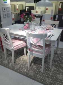 Ingolf chairs and table