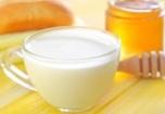 honey-bread-milk-table-39141976