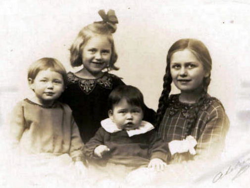 from the left my mother Ruth, Eva, William and Ermegaard