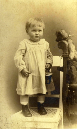 Eva one year old in 1922