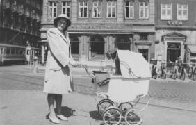 A model from the 1940 in Copenhagen photo FB friend