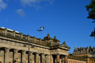 The Scottish National Gallery built in Greek style situated between the Old and the New Town