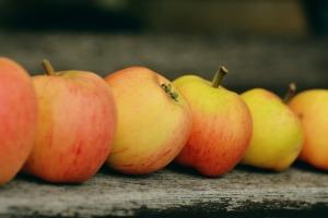 pixabay-apple
