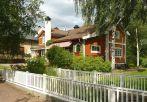 Lilla Hyttnas in Sundborn Carl Larsson's home photo Holger Ellgaard wikipedia