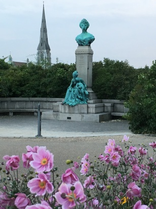 My favorite area in Copenhagen near The Gefion Fountain. The English St. Alban Church in the background. The princes Marie Memorial