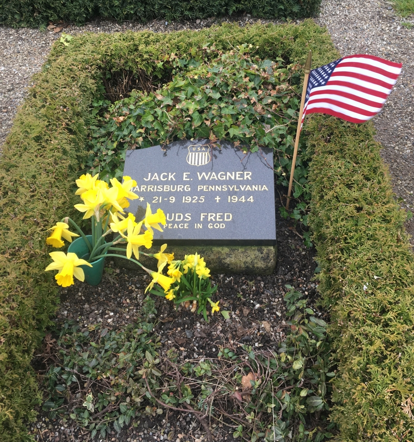Jack E. Wagner's grave in Marstal Aeroe
