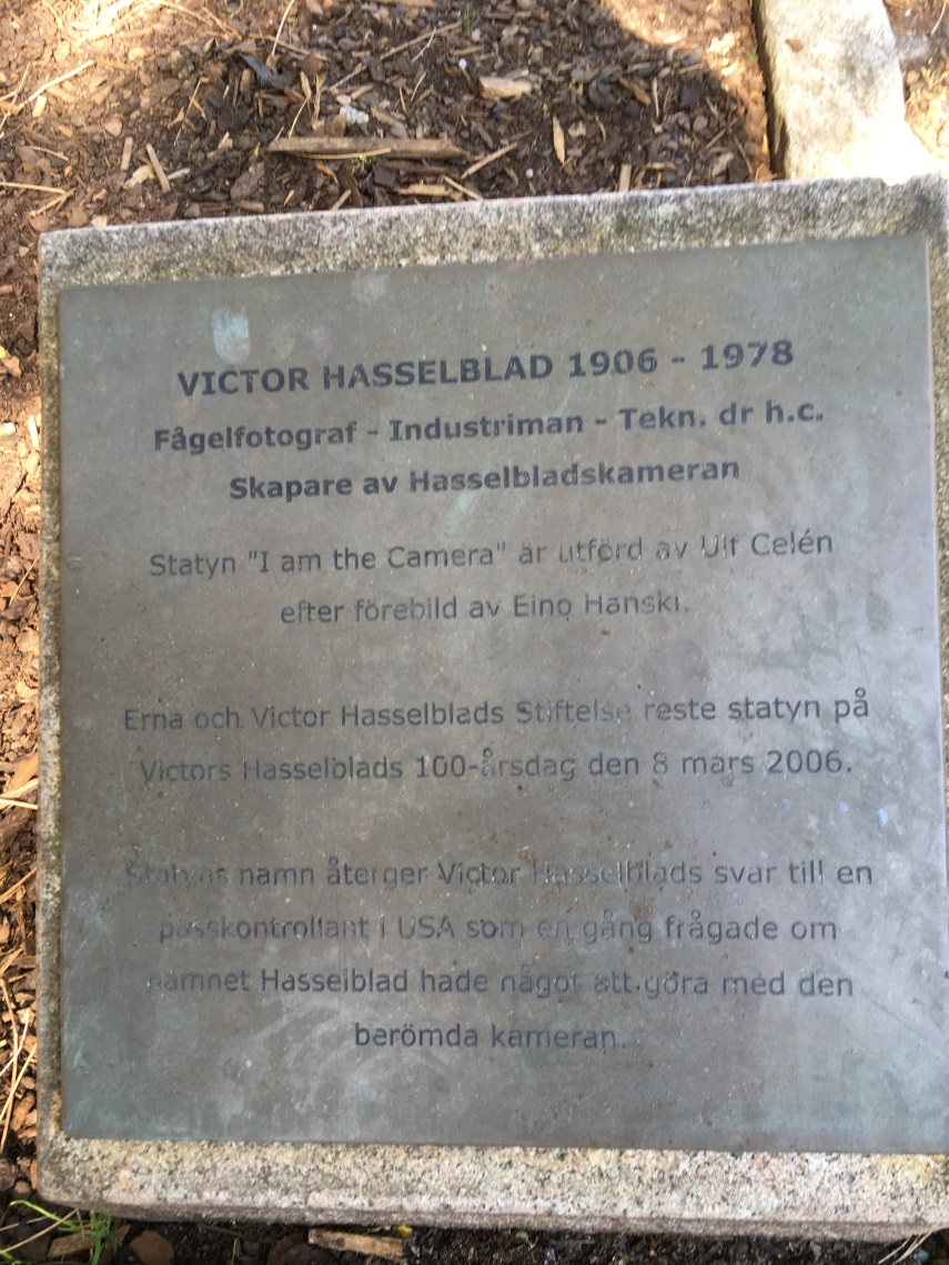 Inscription  for the Hasselblad statue
