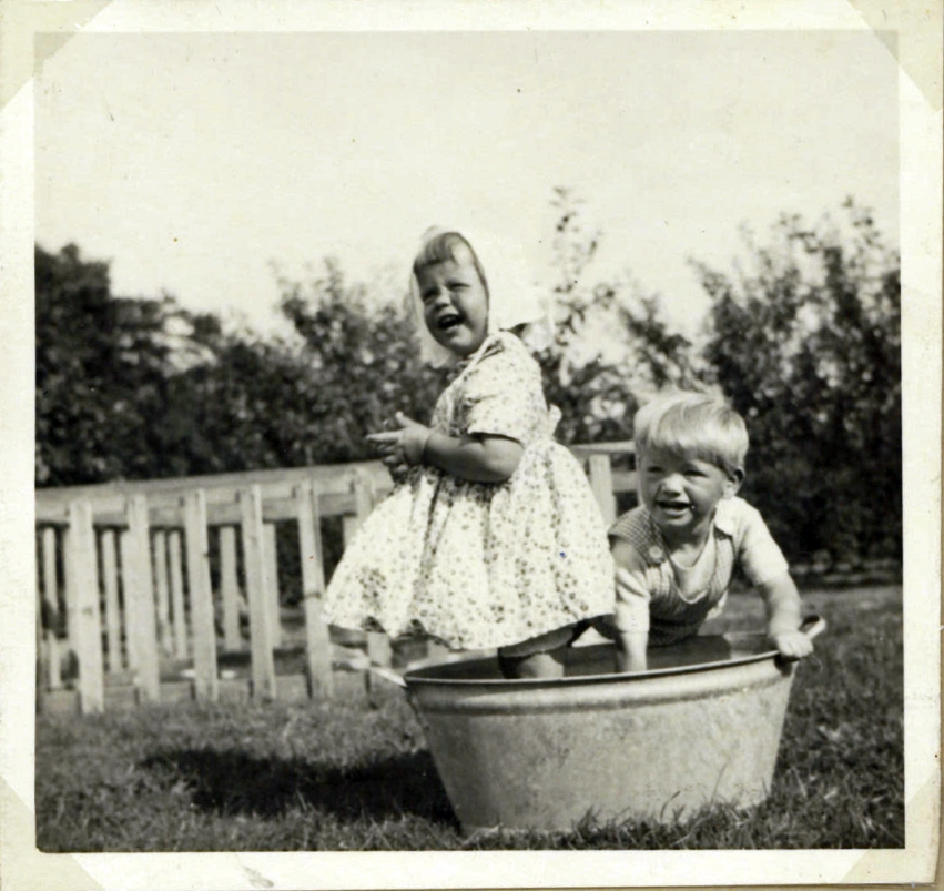 In the garden summer 1952. It's safe without water in the tub