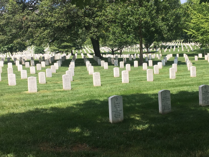 Arlington National Cemetery. 416.000 soldiers are buried since 1865