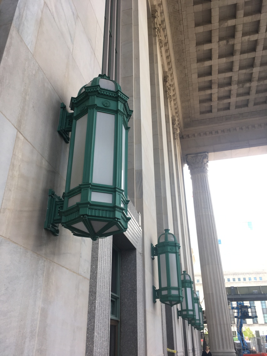 lamps at the walls at the Philadelphia Station