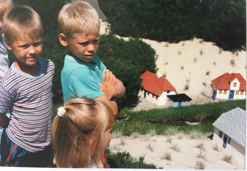 My children looking at Skagen in Legoland 1988