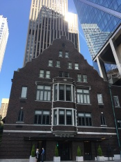 The Rainier Club from1904, registred as a historical place by Department of the Interior.