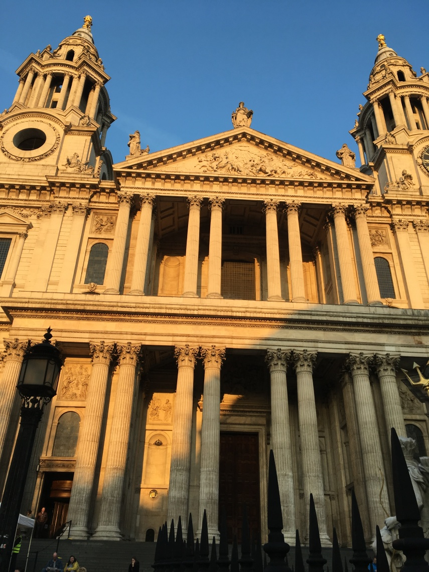 The front of St. Paul's Cathedral in London