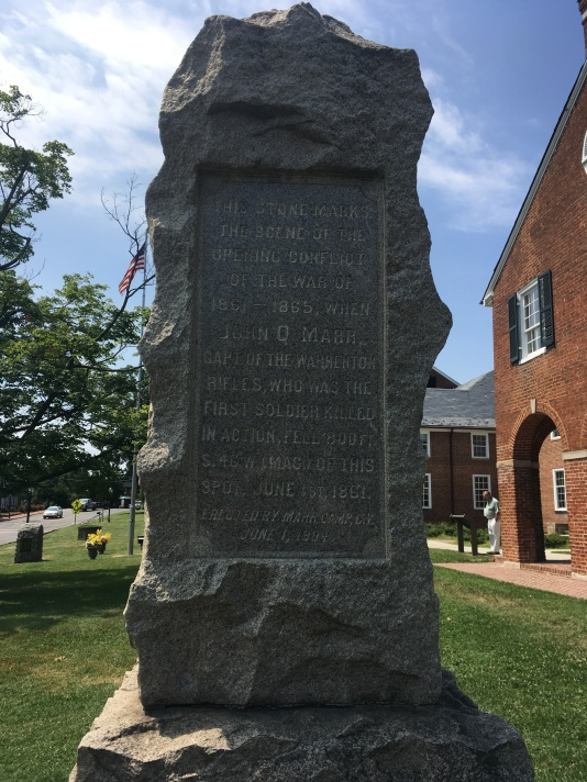 Civil War Memorial at the Fairfax Country Courthouse from 1799