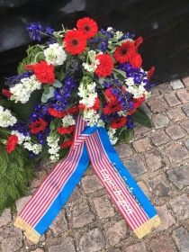 A wreath from The US Embassy in Copenhagen