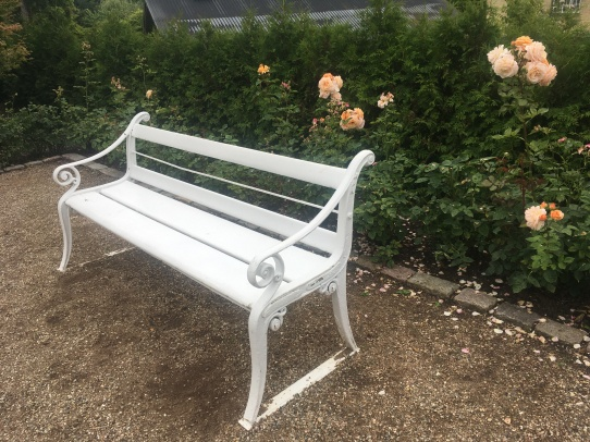 A so-called Copenhagen bench at Gavnø